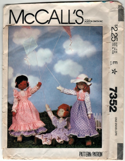 McCalls 7352 - Scanned 12-09-2012 Front