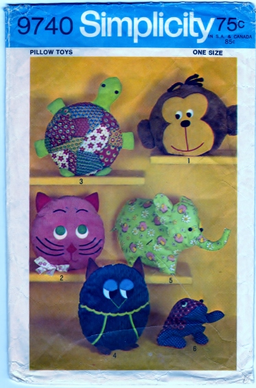 Simplicity 9740 Pattern Pillow-Toys Or Pajama Bags Front Scanned 06-27-2015