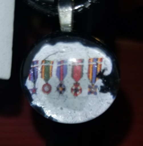 Life Medals Of Honor Flatback Glass Marble Necklace 7252018 (9)