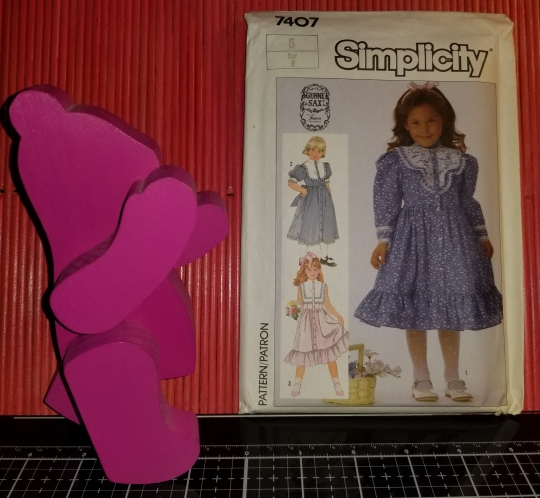 Simplicity 7407 Pattern Child's Dress 1012018 (6)